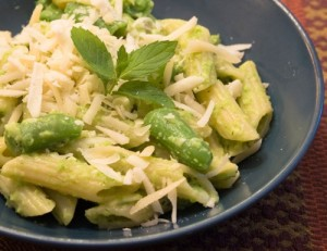 sugar snap pea pesto pasta